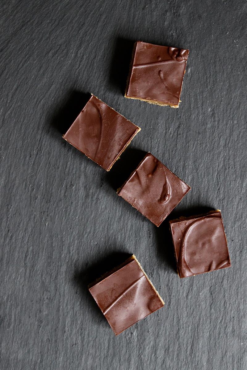karamelsnitter fra oven